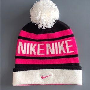 Nike Pom Pom Hat